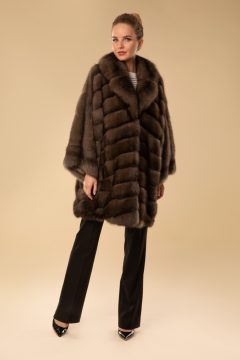 пальто из сообля