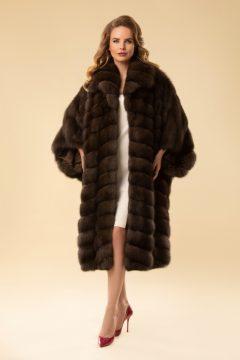 Пальто из меха соболя